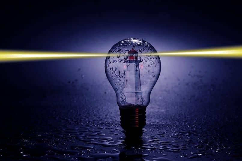 bombilla de luz con conexion inalambrica lifi