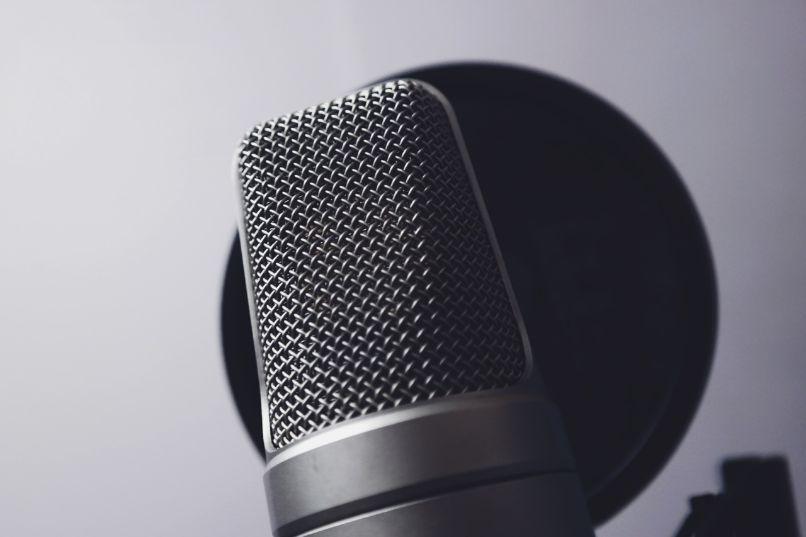 configurar wo mic para usar celular microfono en la pc