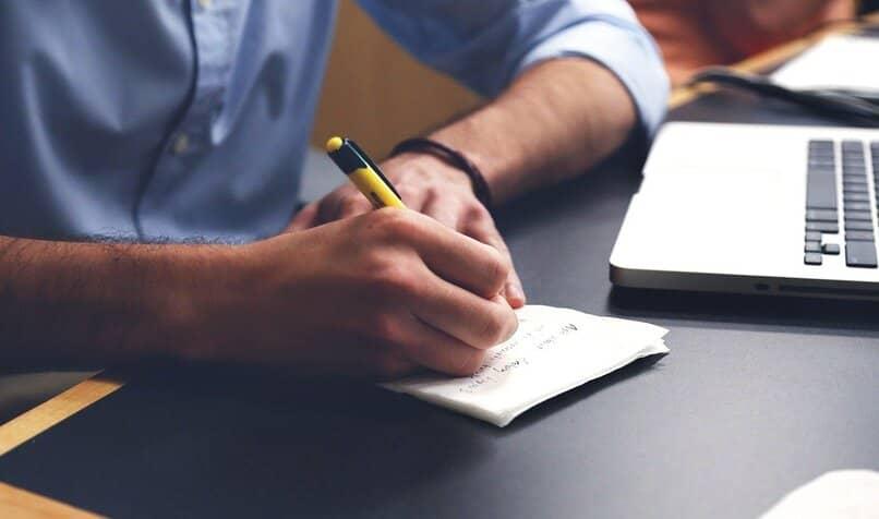 como crear un blog anonimo y postear desde una pc