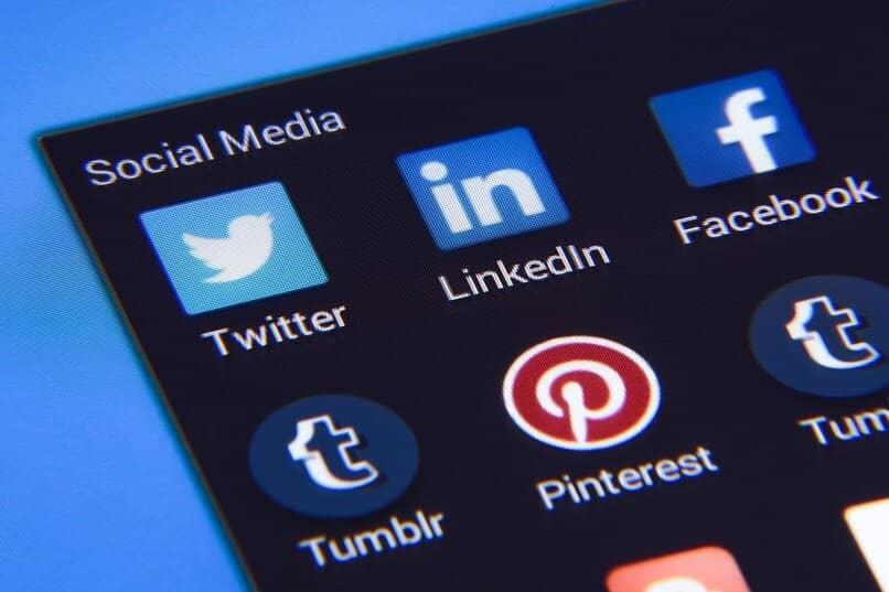 forma de publicar en la app de linkedin desde el movil o la pc