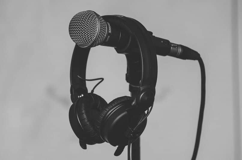 como grabar sonido con el microfono para agregar a las presentaciones