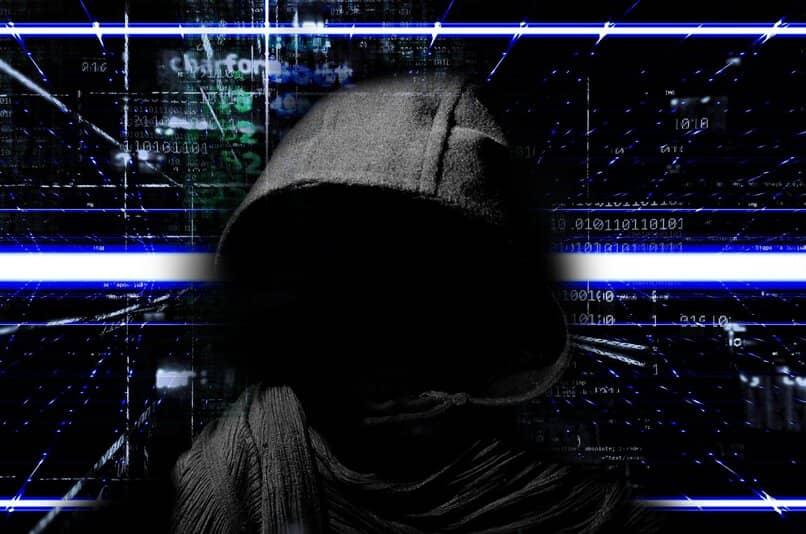 como asegurar mis dispositivos de exploits y malwares